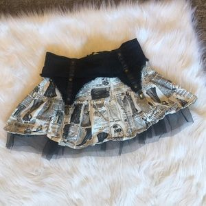 Hot Topic Newspaper Print Skirt Medium